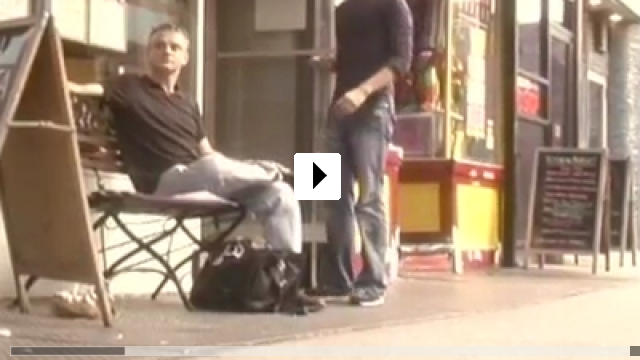 Zum Video: Slutty Summer