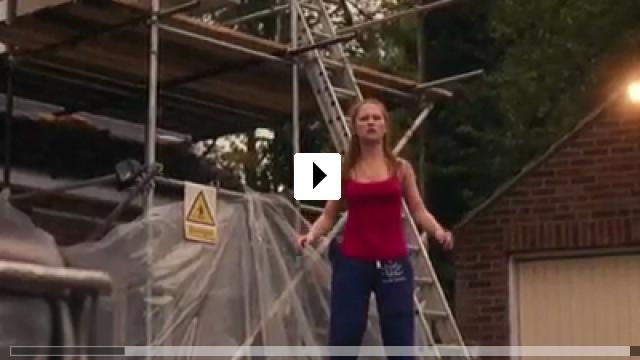 Zum Video: Broken