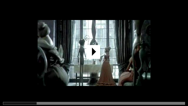 Zum Video: Hochzeit mit einer Leiche