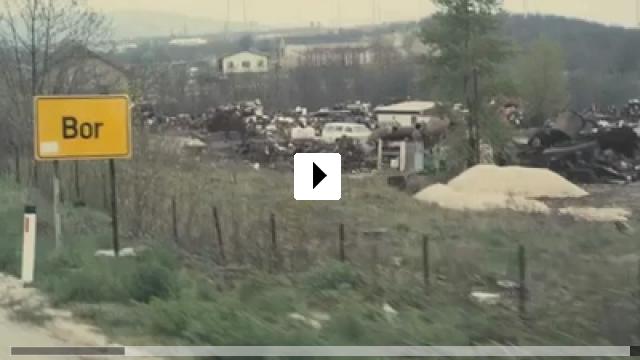 Zum Video: White White World