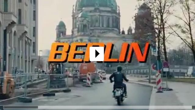 Zum Video: Beat the World