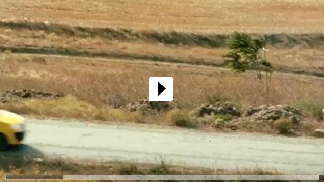 Zum Video: Junge zieh' Leine!