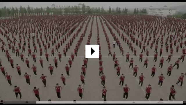 Zum Video: Drachenmädchen