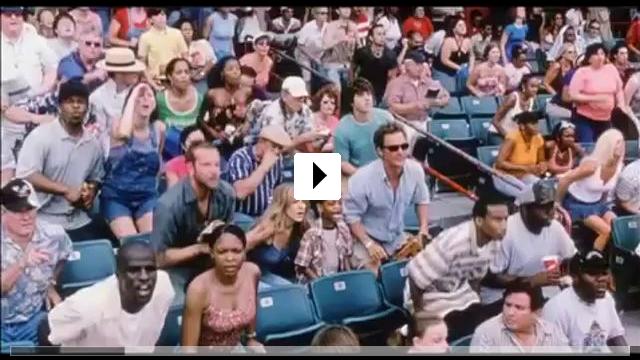 Zum Video: Zum Ausziehen verführt