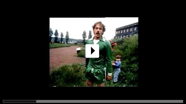 Zum Video: Gib mich die Kirsche - Die 1. Deutsche Fußballrolle