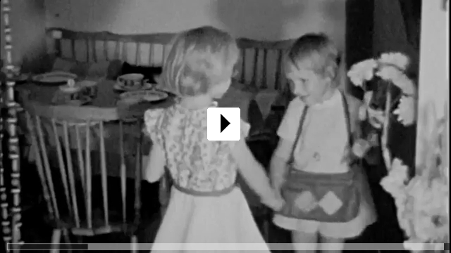 Zum Video: Zonenmädchen