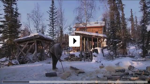 Zum Video: Die Familie mit den Schlittenhunden