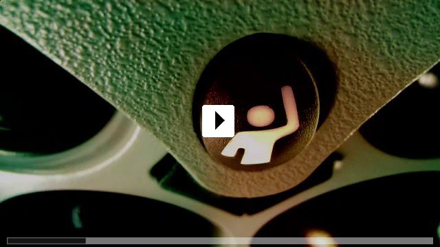 Zum Video: Lang lebe Charlie Countryman