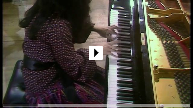 Zum Video: Argerich - Bloody Daughter