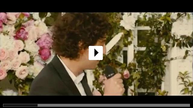 Zum Video: Eine Hochzeit und andere Hindernisse