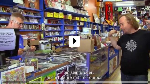 Zum Video: Mistaken for Strangers
