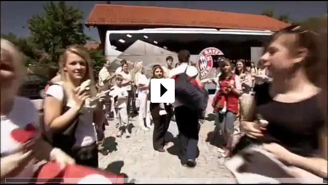 Zum Video: Frei:Gespielt - Mehmet Scholl: Über das Spiel hinaus