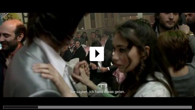 Zum Video: Araf - Somewhere in between