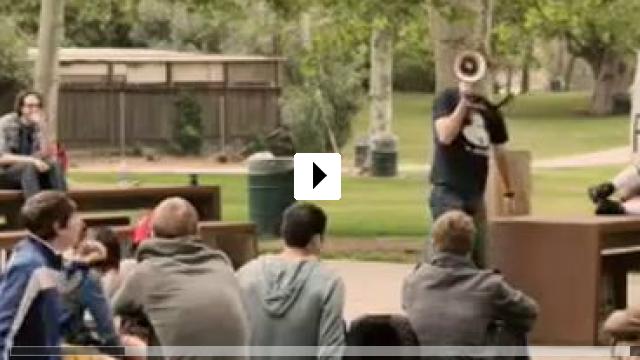 Zum Video: College Brothers - Der Aufreisser und der Supernerd