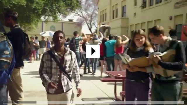 Zum Video: School Dance