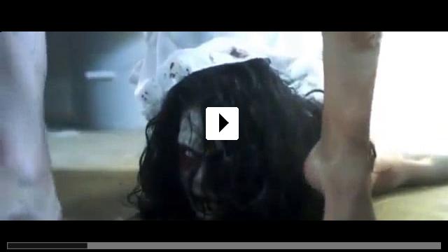 Zum Video: The Cloth - Kampf mit dem Teufel