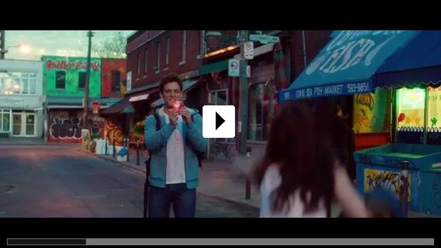 Zum Video: Love, Rosie - Für immer vielleicht
