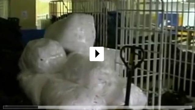 Zum Video: Der Kleiderhaken - Die Schattenseiten des Freihandels...ustrie