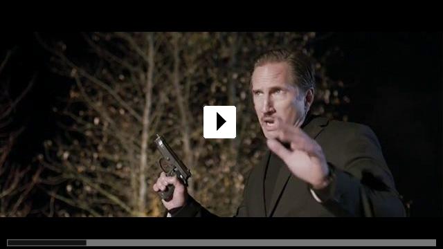 Zum Video: Die Einsamkeit des Killers vor dem Schuss