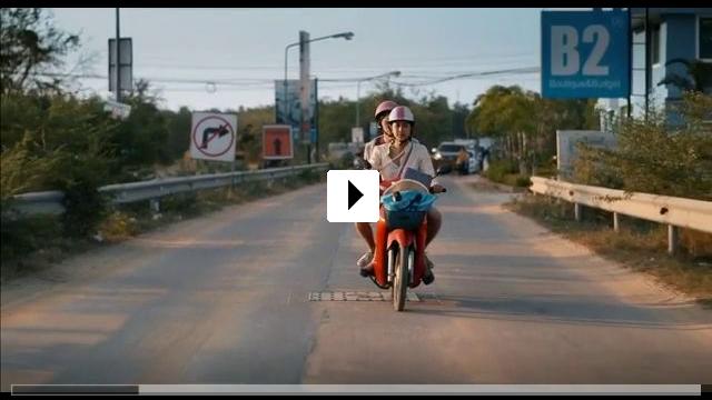Zum Video: Patong Girl