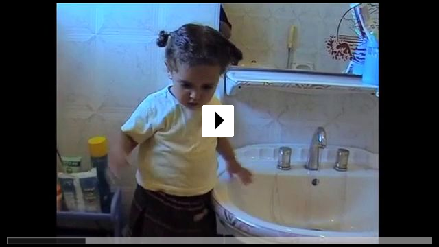 Zum Video: The Mulberry House