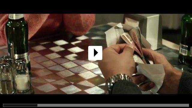 Zum Video: Mädchen im Eis