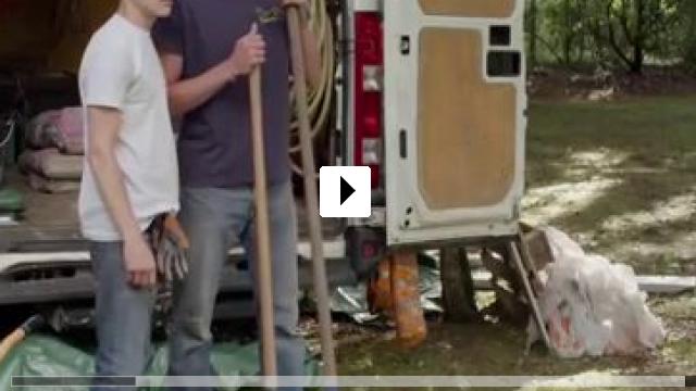 Zum Video: Liebe auf den ersten Schlag