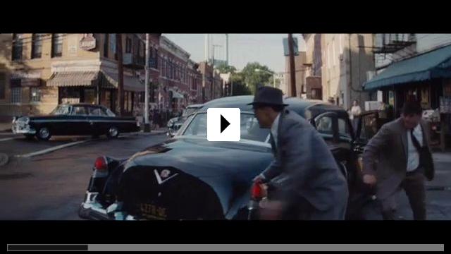 Zum Video: Bridge of Spies - Der Unterhändler