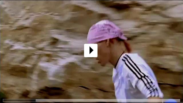Zum Video: Mit den Waffen einer Frau - Gold im Visier