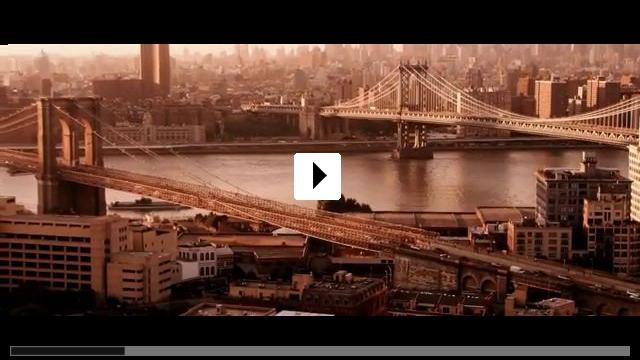 Zum Video: Chloe rettet die Welt