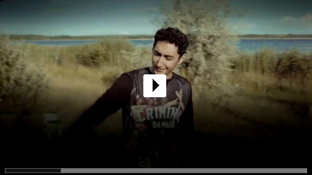 Zum Video: Blacktape