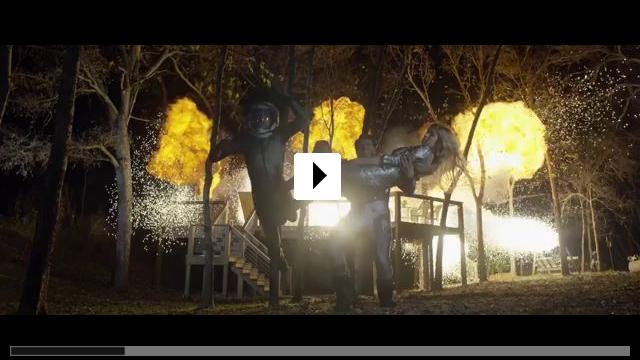 Zum Video: Lazer Team