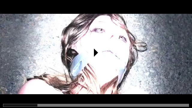 Zum Video: The Girl in the Photographs