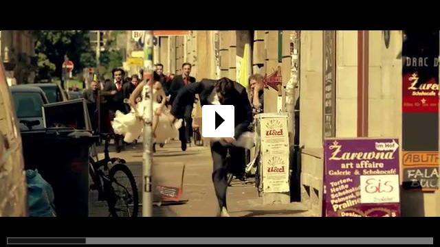 Zum Video: Frauen