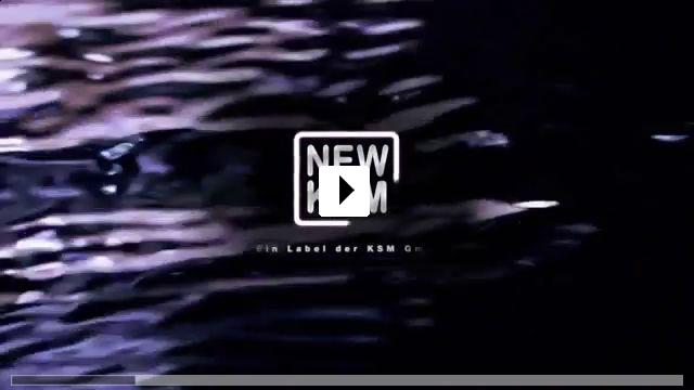 Zum Video: Chaos on the Bridge