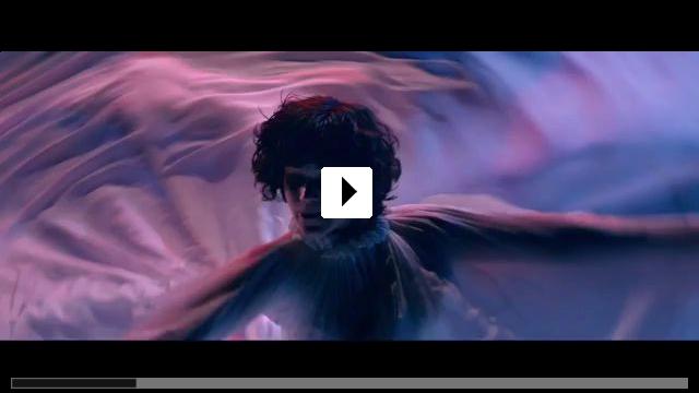 Zum Video: Die Tänzerin