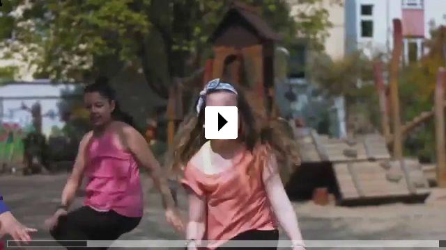 Zum Video: Kids Dance Club