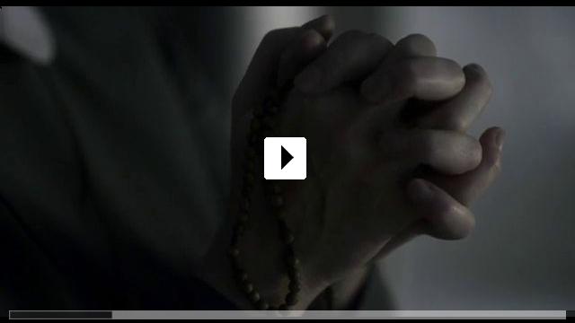 Zum Video: Schwester Weiß