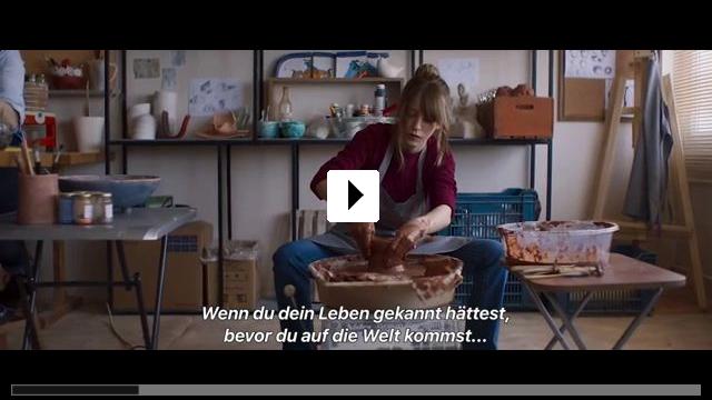 Zum Video: Ikimizin Yerine
