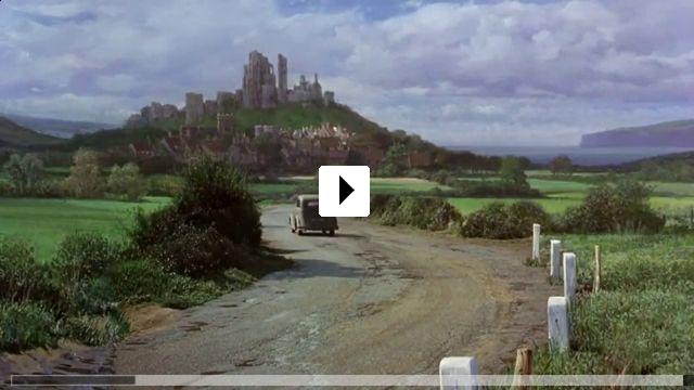 Zum Video: Die tollkühne Hexe in ihrem fliegenden Bett