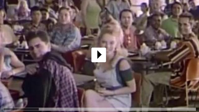 Zum Video: Ungeküsst