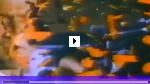 Zum Video: Dirty Harry IV - Dirty Harry kommt zurück