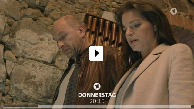 Zum Video: Wolfsland - Tief im Wald