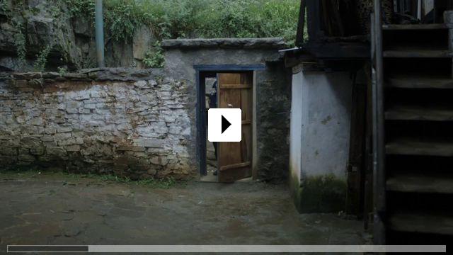 Zum Video: Honeygiver Among the Dogs