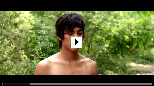 Zum Video: Ein Kuss