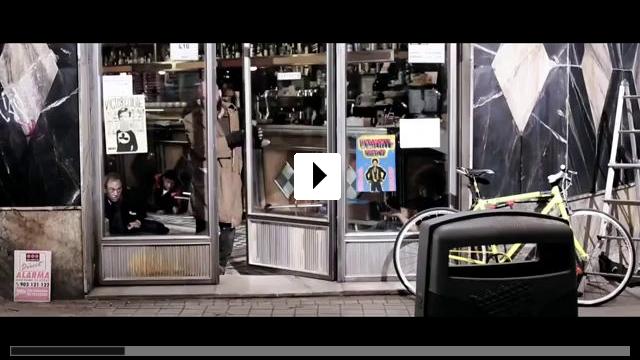 Zum Video: The Bar