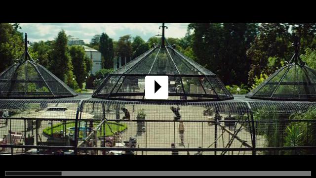 Zum Video: Die Frau des Zoodirektors