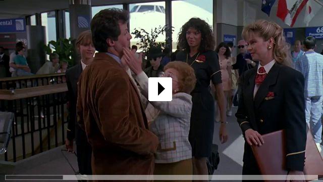 Zum Video: Stop! Oder meine Mami schießt!