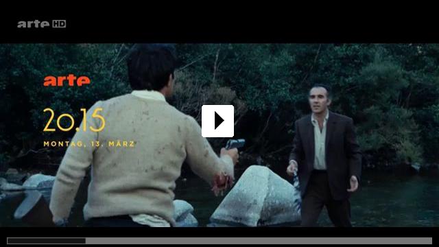 Zum Video: Ein Mann zuviel