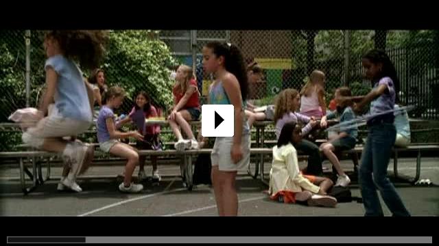 Zum Video: Little Manhattan